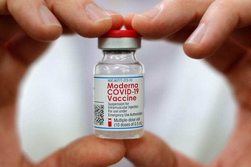 Moderna gets nod to speed up virus vaccine output with bigger vials