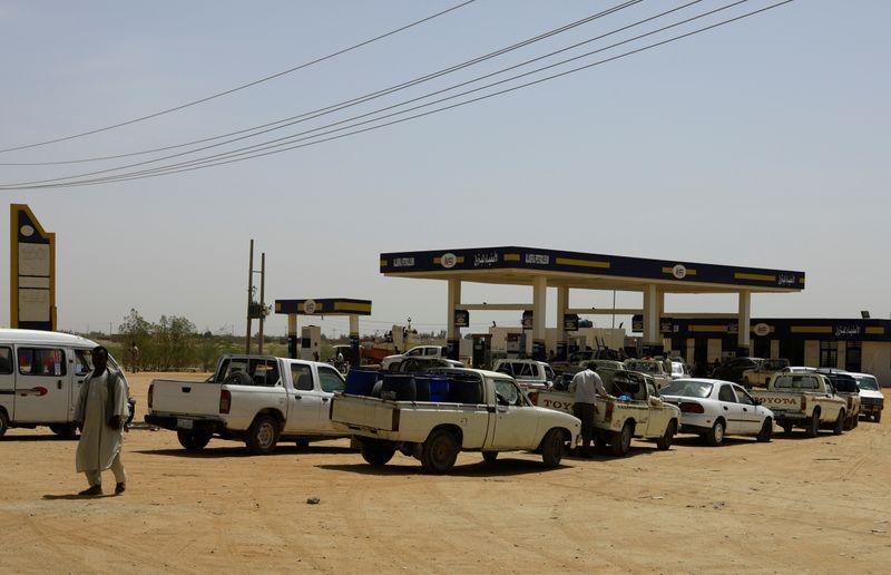 ارتفاع أسعار الديزل والبنزين في السودان