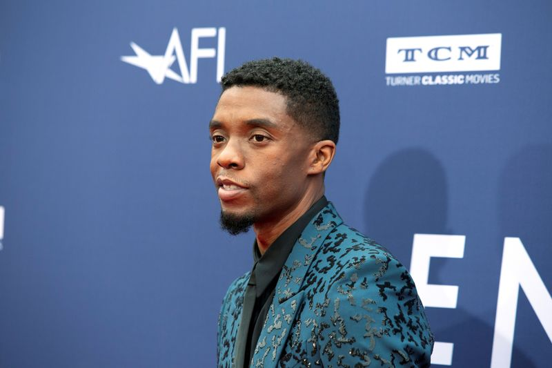 'Trial of Chicago 7,' Chadwick Boseman score SAG wins ahead of Oscars