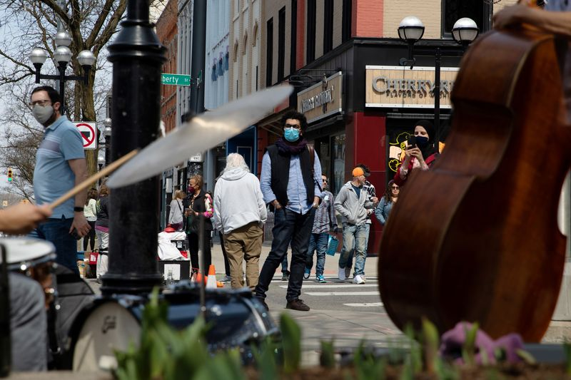 Michigan coronavirus cases at record, tops daily tally among U.S. states