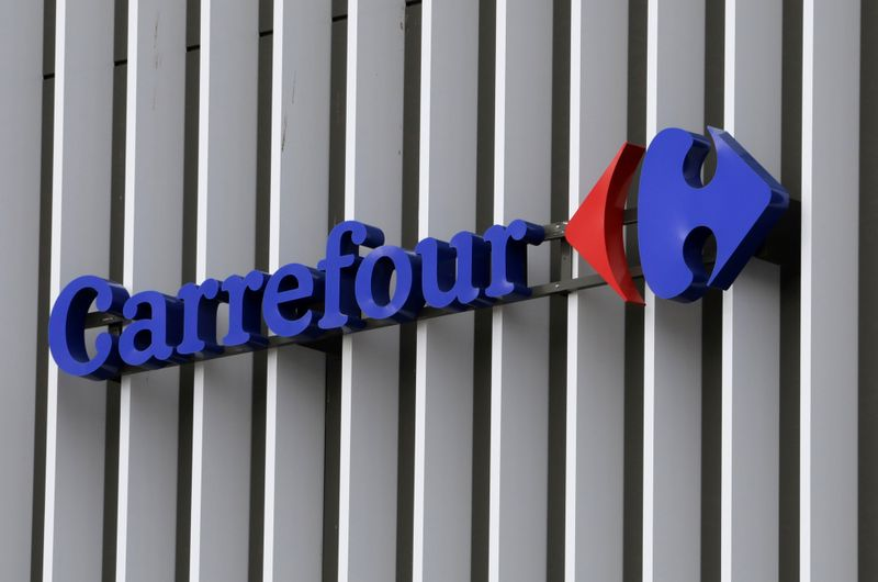 Carrefour expands express grocery delivery partnership with Deliveroo