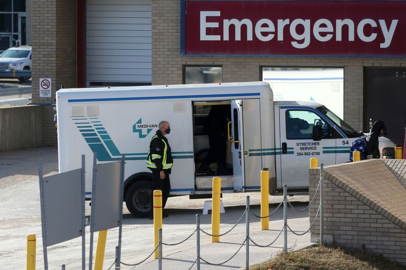 Canada's hospitals deploy artificial lungs, scramble for staff as COVID-19 hits younger patients