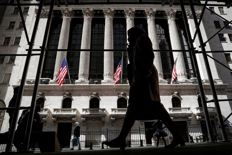 Wall Street prudente avant le compte rendu de la Fed