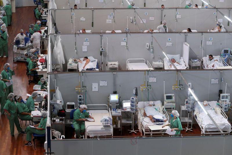Juez brasileño suspende extensión patentes de fármacos, decisión podría bajar costo tratamiento COVID-19