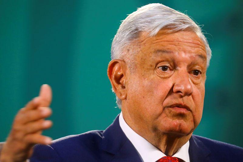 Analysis: Mexico vs Brazil: Populist presidents confound investors