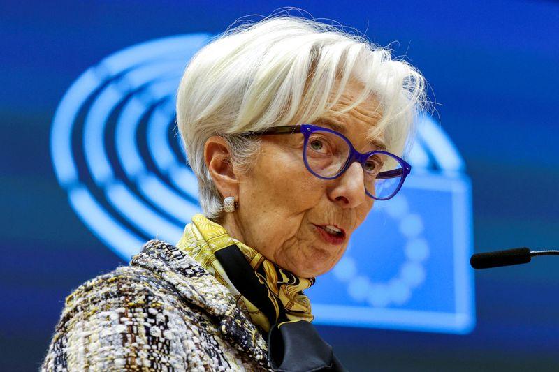 ECB's Lagarde sees receding growth risk beyond short term
