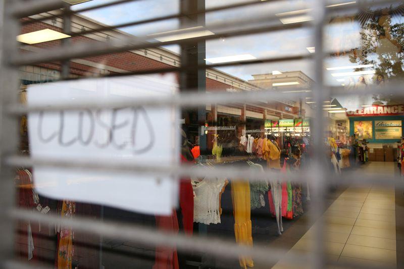 米新規失業保険申請74.4万件に悪化、労働市場の改善過小評価も