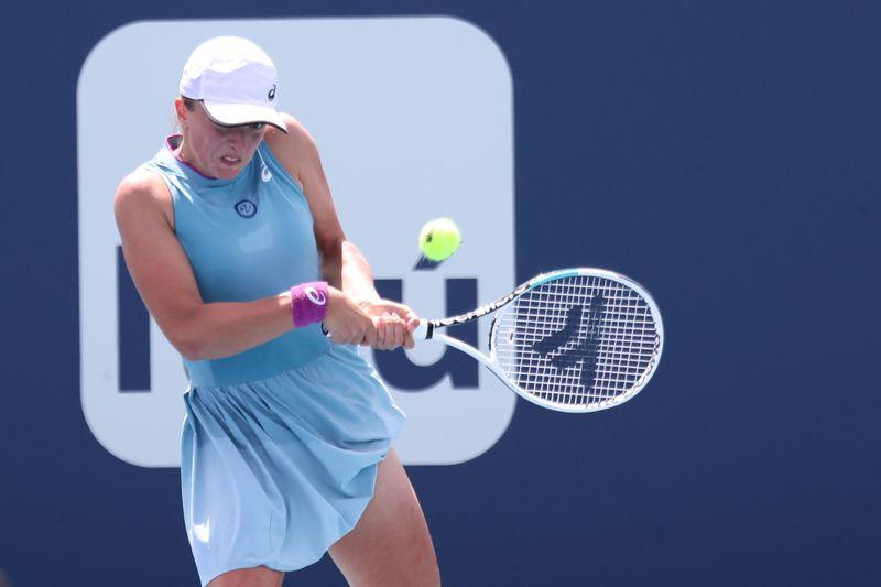Swiatek pulls out of Stuttgart Open, to begin clay court swing in Madrid