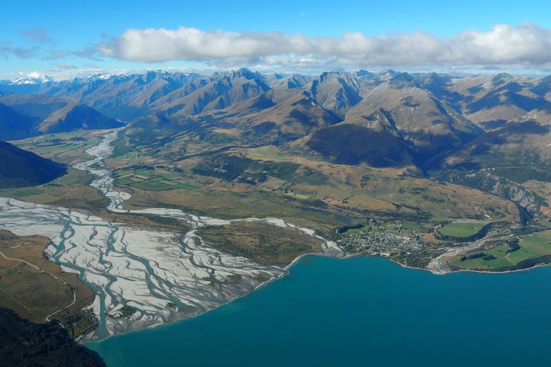 New Zealand introduces climate change law for financial firms in world first