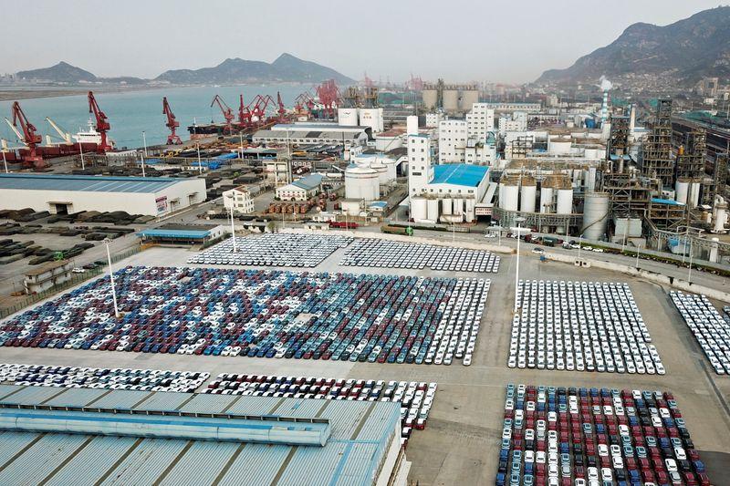 Chine: Progression des exportations, les importations à un pic de 4 ans