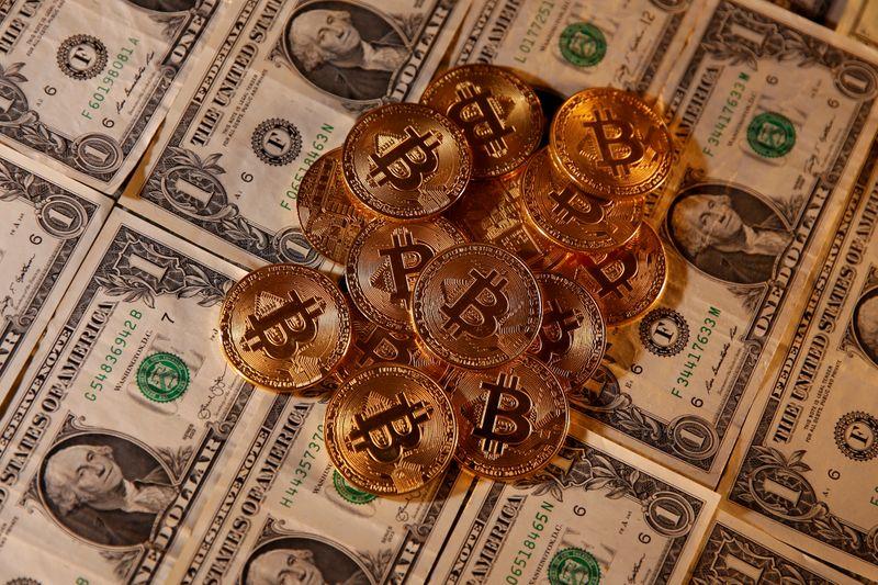 Coinbase reference price set at $250 per share ahead of Nasdaq debut