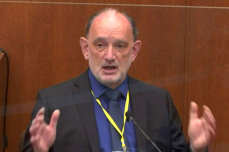 Defense expert testifies George Floyd died of heart disease, car exhaust fumes