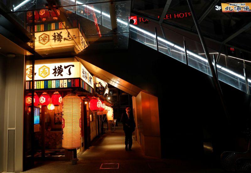 東京都のコロナ感染667人、大阪・兵庫は最多更新