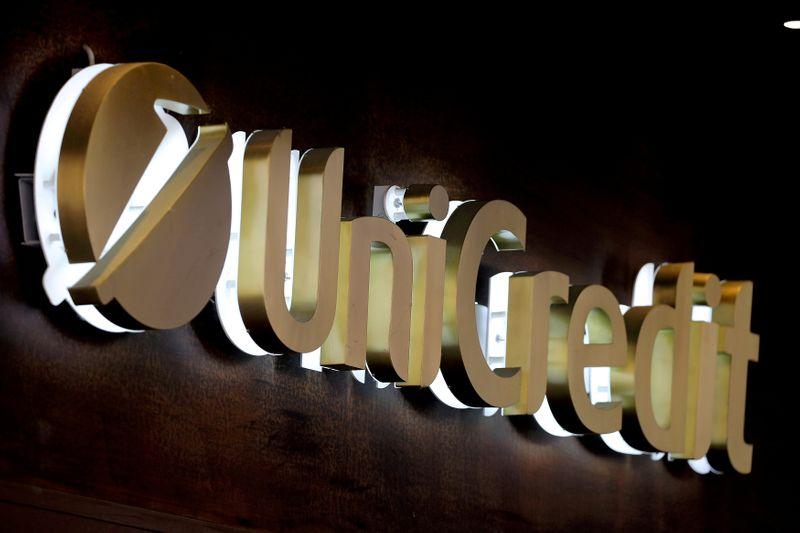 UniCredit, tecnologia cruciale in ogni scelta strategica - AD