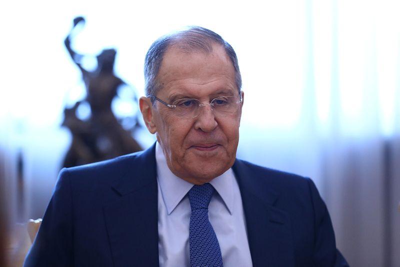 Mosca chiederà a 10 diplomatici Usa di lasciare Russia - ministro Esteri