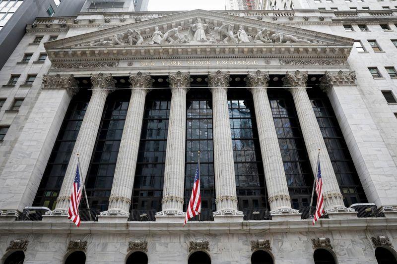 米ダウ・S&P最高値更新、底堅い指標や企業決算で