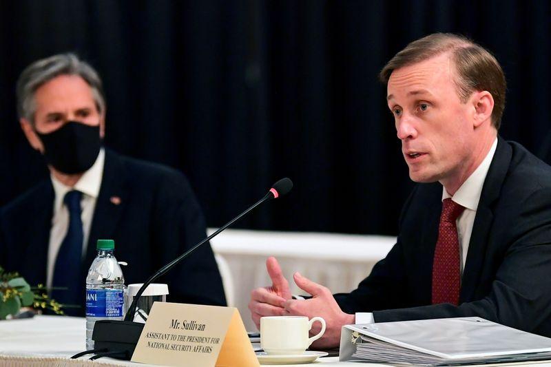 Il y aurait des conséquences si Navalny mourait, dit Washington