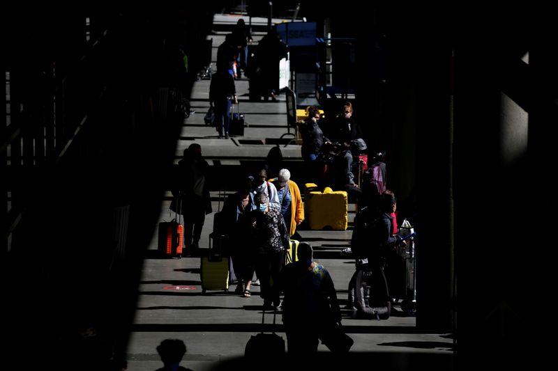 米、渡航中止勧告を世界の8割に拡大 「前例ないリスク」
