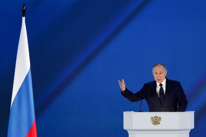プーチン氏「レッドライン超えれば厳しく対応」、西側諸国に警告
