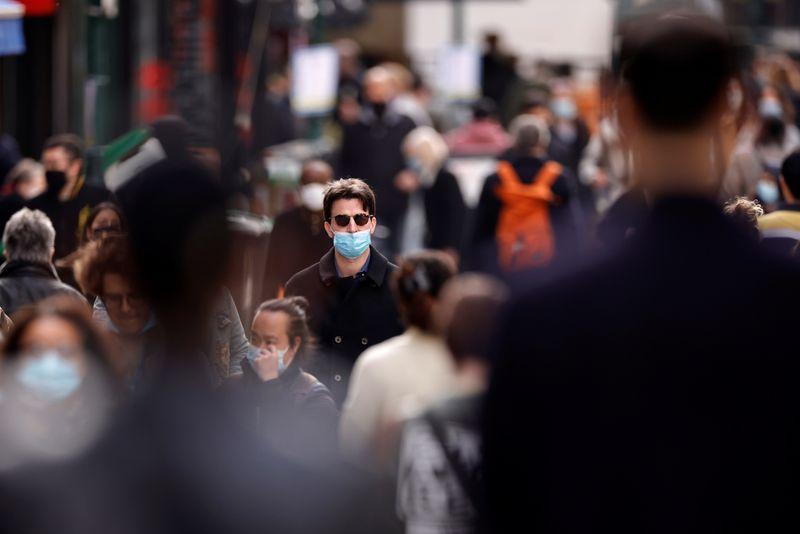 Coronavirus: Près de 35.000 nouveaux cas recensés en France