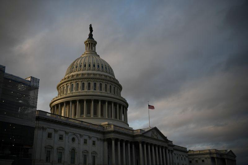 米上院外交委、ウクライナ支援法案を承認