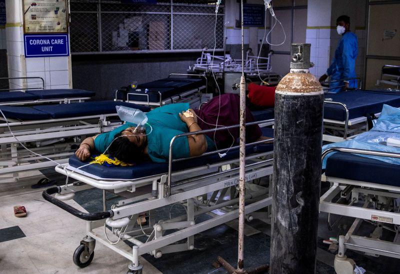 Индия зафиксировала рекордный в мире суточный прирост случаев COVID-19
