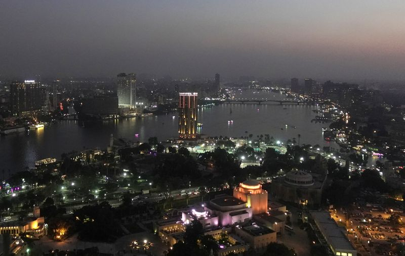 Egypt projects borrowing needs will climb 7.1% in 2021/22
