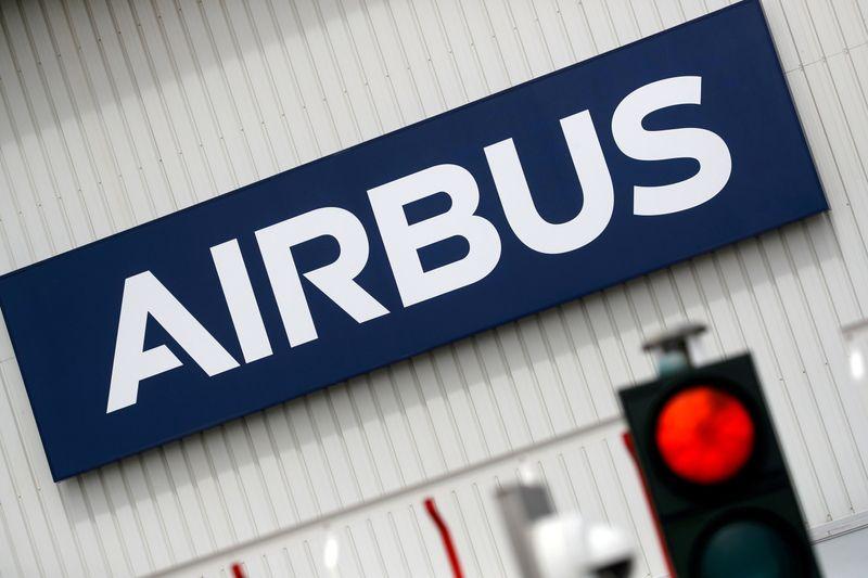 Airbus veut toujours augmenter sa production d'avions, le titre grimpe
