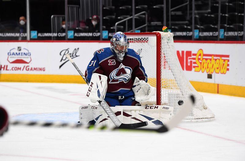 NHL roundup: Avs blank Sharks in Philipp Grubauer's return