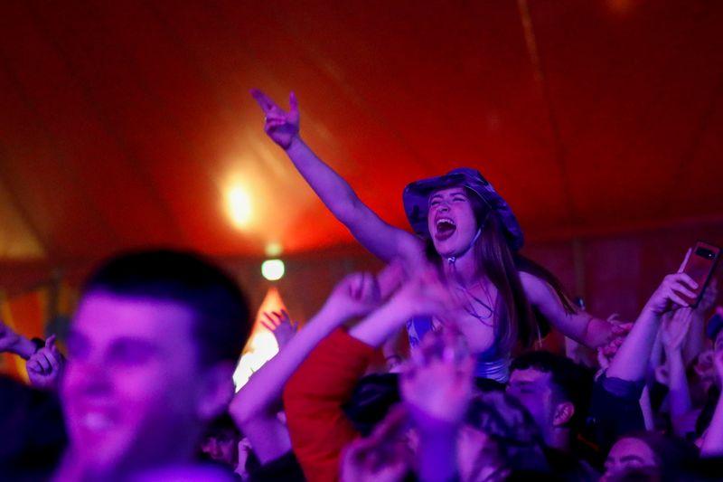 GB: 5.000 personnes participent à un concert test