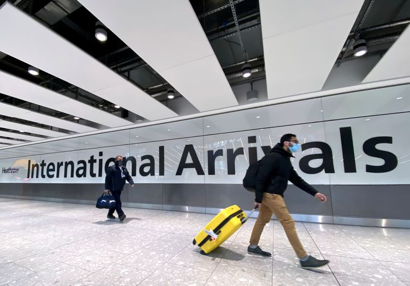 Aviation, travel groups urge fully reopening US-UK travel market thumbnail