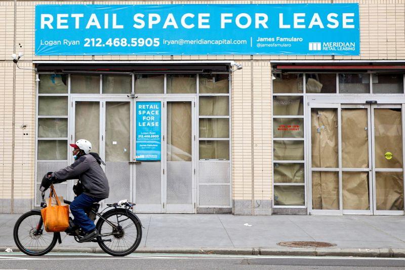 Manhattan's office space leasing falls in April - brokerage