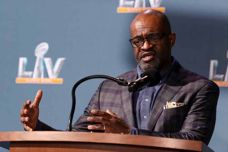 Report: NFLPA says it will negotiate opt-outs for 2021 season