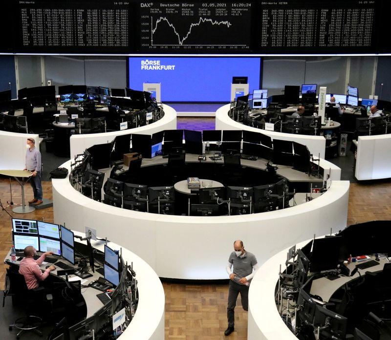 European shares dragged down by tech's worst day since October