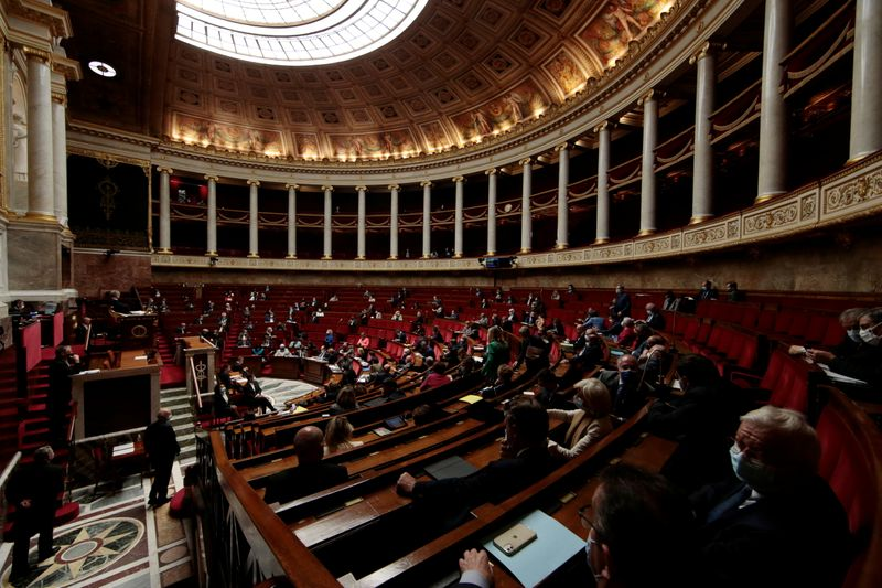 French parliament approves climate change bill to green the economy