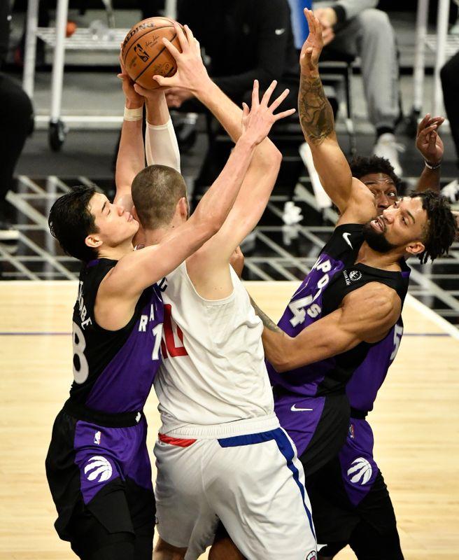 NBA=ラプターズ黒星、渡辺は先発で6得点6リバウンド