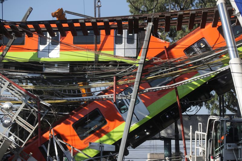 Analysis-Rail accident rattles Mexico's presidential succession favorites By Reuters