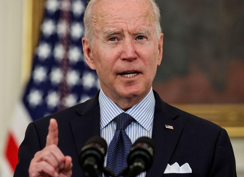 Biden administration blocks Trump-era rule affecting gig workers