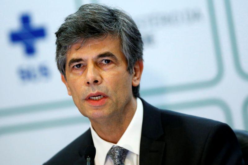 Teich diz que percebeu que não teria autonomia e cita cloroquina como motivo de saída