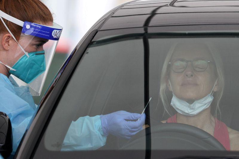 Mystery Australian COVID case spurs return of masks, travel bans