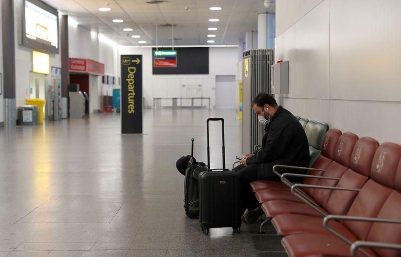 Grande-Bretagne: Les compagnies aériennes et les vacanciers se préparent à une reprise limitée des voyages