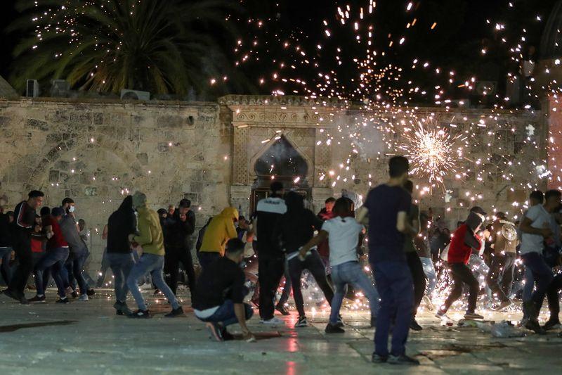Heurts entre police israélienne et Palestiniens à Jérusalem