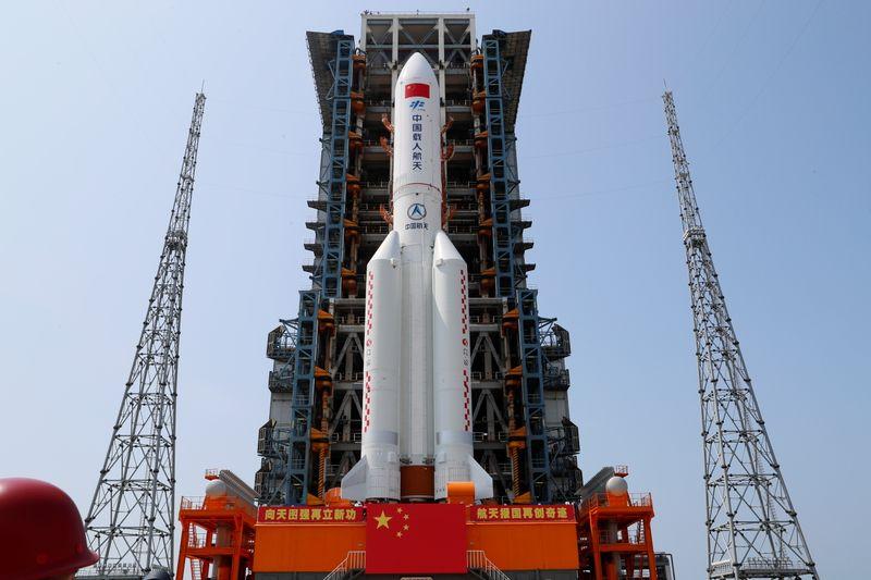 Les débris d'une fusée chinoise devraient rentrer dans l'atmosphère dimanche matin