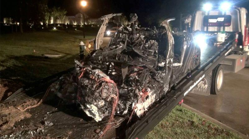 テスラ車死亡事故、運転支援機能は作動しておらず=米当局