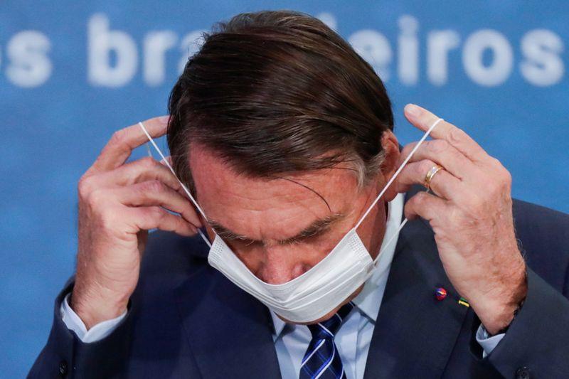 Avaliação negativa do governo Bolsonaro permanece estável, diz pesquisa XP