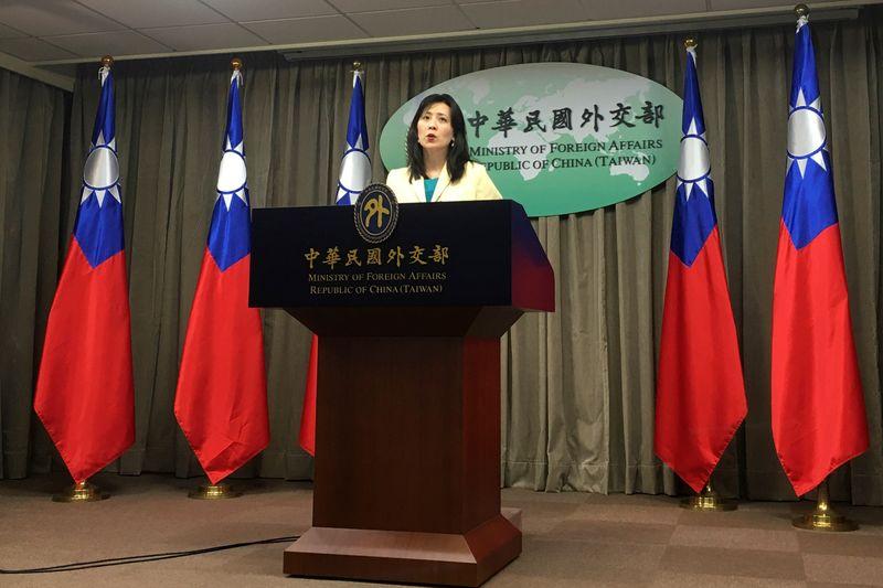 Taiwán alerta del aumento del riesgo de COVID-19 y su bolsa se desploma