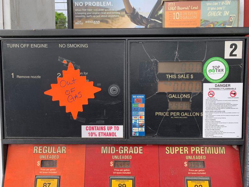 Colonial Pipeline reanuda operaciones mientras sudeste de EEUU lucha por obtener combustible