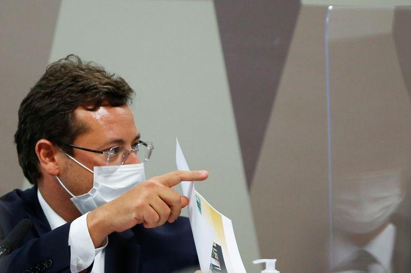 Pfizer enviou carta a autoridades e queria fazer do Brasil vitrine de vacinação, diz Wajngarten