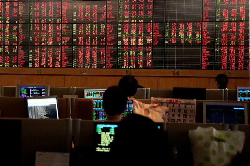 MERCADOS GLOBALES: Alarmadas por la inflación en EEUU, las bolsas de Asia ponen sus ojos en la Fed