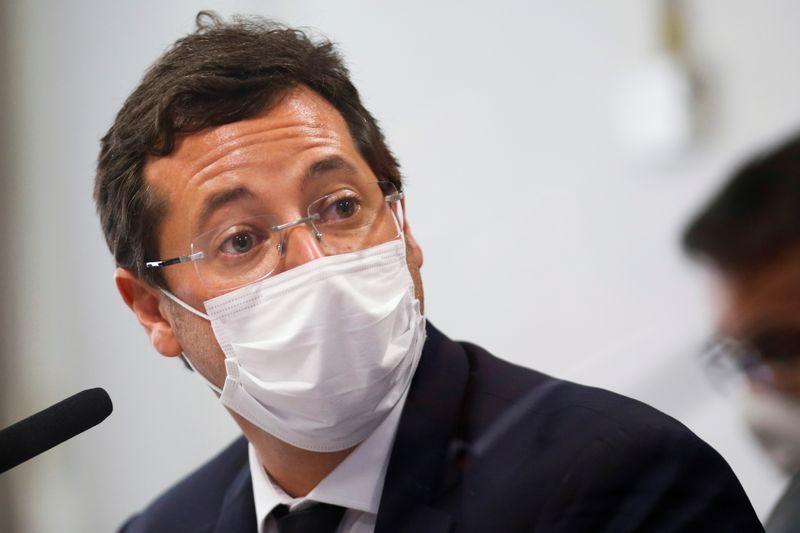 Executivo da Pfizer diz que Carlos Bolsonaro participou de reunião com Wajngarten